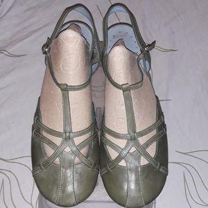 Indigo by Clarks laser cut silngback shoe